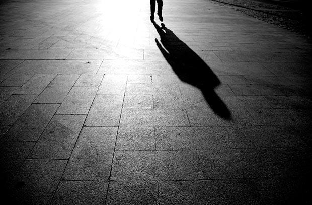 Soñar con una sombra