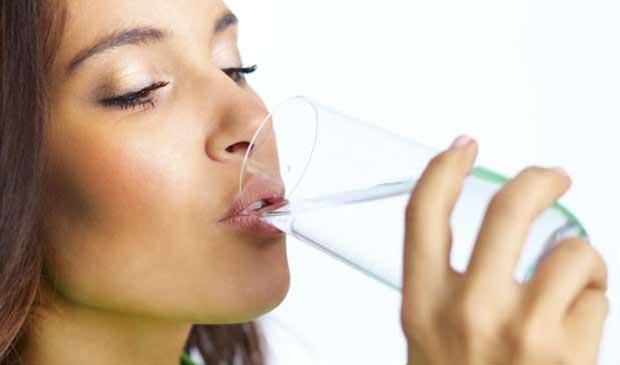 Lee más sobre el artículo Soñar con que tenemos sed