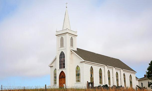 Lee más sobre el artículo Soñar con una iglesia