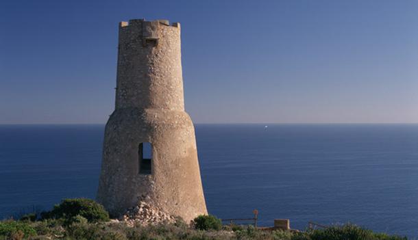 Lee más sobre el artículo Soñar con una torre