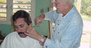 Lee más sobre el artículo Soñar con el barbero
