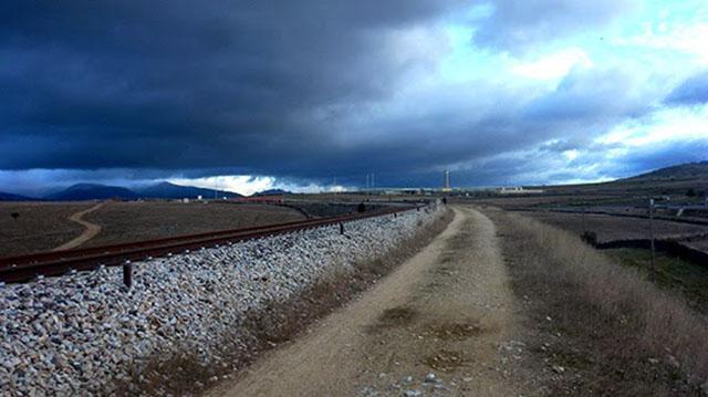 Soñar con la vía de un tren