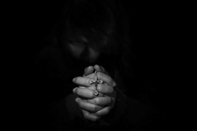Soñar con un rosario