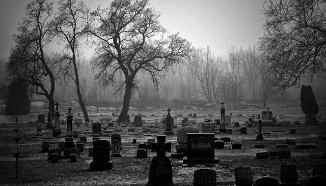 Lee más sobre el artículo Significado de soñar con tumbas