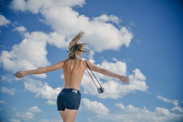 Soñar con estar desnudo