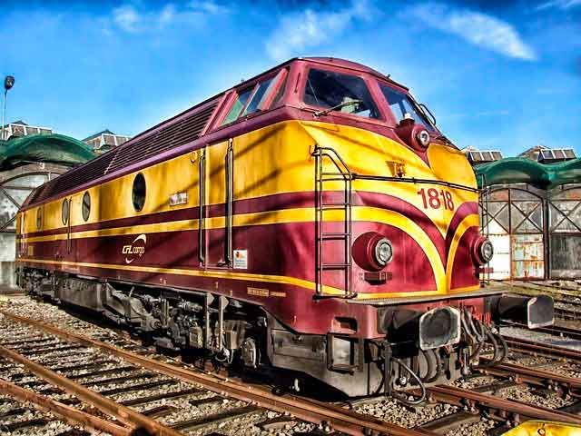 Lee más sobre el artículo Soñar con un tren