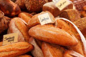 Lee más sobre el artículo Soñar con pan