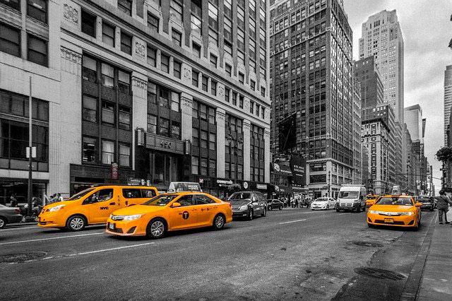 Soñar con un taxi